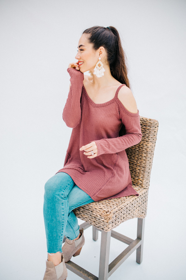 LONG SLEEVE, WAFFLE KNIT, COLD SHOULDER TOP.  ASYMMETRICAL HEMLINE. ROSE COLOR. ALSO COMES IN TAUPE. 60% POLYESTER 35% COTTON 5% SPANDEX SMALL 0-4  MEDIUM 6-10   LARGE 12-15