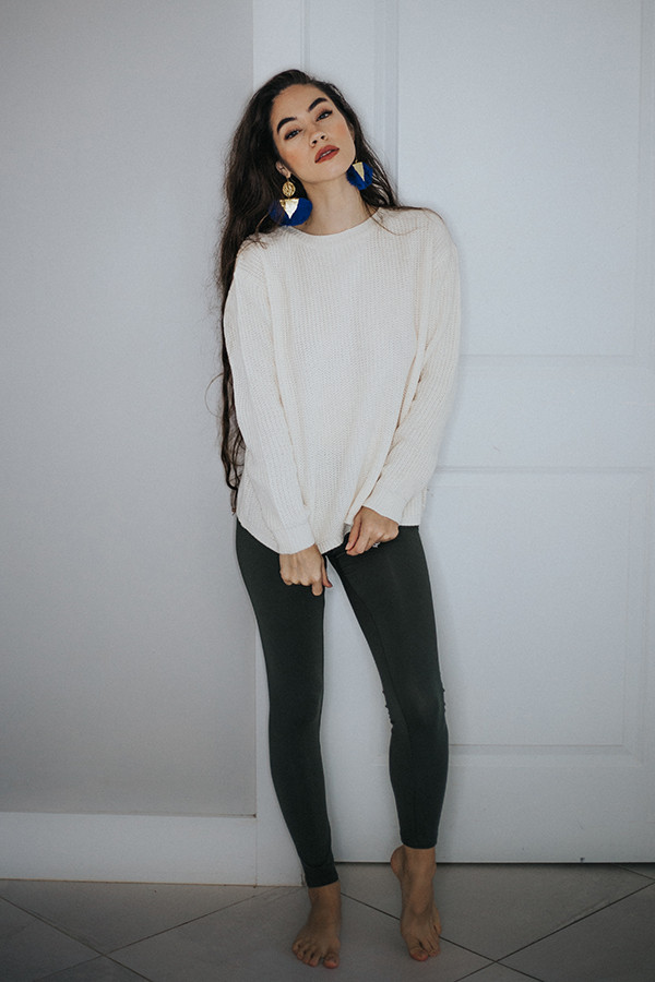 SUPER SOFT AND STRETCHY! MATCH ANY TOP OR TUNIC!