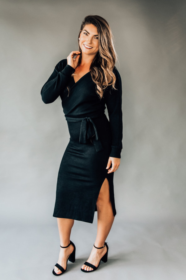 """BLACK, MAXI SURPLICE SWEATER DRESS W/SLIT AND TIE BELT. MODEL INFO: PIPER–SIZE 0, 5'5"""", SISSY-SIZE 6, 5'6"""", BOTH WEARING SMALL. NIKI–SIZE 14, 5'4"""", WEARING A LARGE, SNUG FIT. 95% POLYESTER, 5% SPANDEX X-SMALL 0-2 SMALL 4-6 MEDIUM 6-8 LARGE 10-12 XL 12-14"""