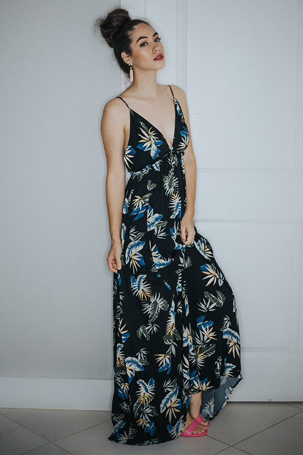 BLACK WITH LEAVES PRINT DRESS. SPAGHETTI STRAPS WITH  LOWER BACK.   100% RAYON SMALL 4-6   MEDIUM 8-10    LARGE 12-14