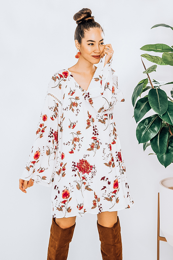 FLORAL BABYDOLL DRESS WITH BELL SLEEVES. MODEL INFO: PIPER IS A SIZE 0 AND WEARING A SMALL. NIKI IS A SIZE 14 AND WEARING A LARGE. 100% RAYON. X-SMALL 0-2 SMALL 4-6 MEDIUM 8-10 LARGE 12-14 X-LARGE 16-18