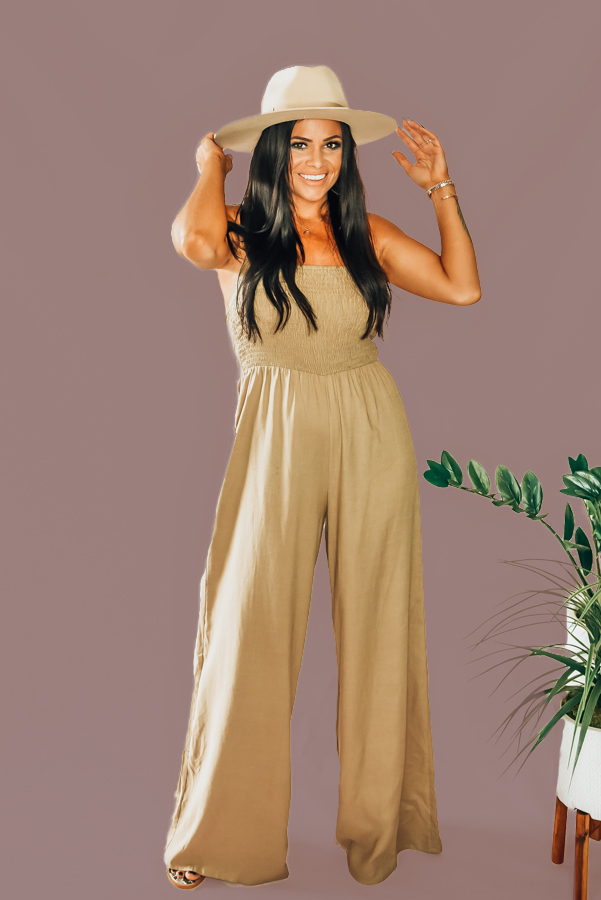 CHRISTENSEN – TAN – JUMPER  TAN RUCHED BODICE, HALTER TOP JUMPER. 100% COTTON. PIPER IS A SIZE 0, WEARING A SMALL. STEPHANIE IS SIZE 4, WEARING A SMALL.  XS 0-2 S 4-6 M 8-10 L 10-12 XL  12-14