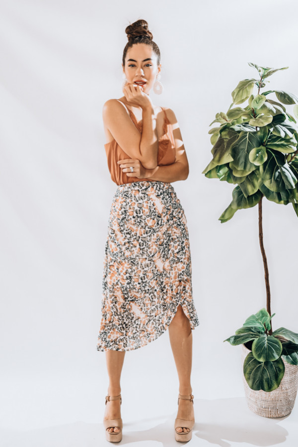 CHIFFON MIDI SKIRT, WITH PEACH AND GREY LEOPARD PRINT AND ROUCHING DETAIL. MODEL INFO: PIPER-SIZE 0, WEARING A SMALL 100% POLYESTER SMALL 0-2 MEDIUM 4-6 LARGE 8-10 X-LARGE 10-12