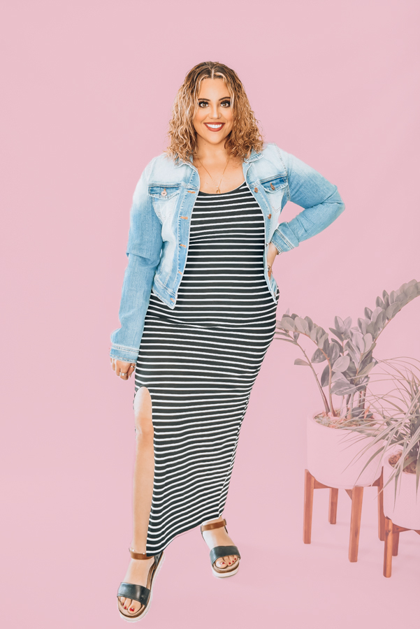 SUPER STRETCHY ,BLACK AND WHITE STRIPES. ADJUSTABLE THIN STRAPS. FULL LENGTH BODYCON FIT WITH SLIT ON ONE SIDE TO MID THIGH. 95% POLYESTER 5% SPANDEX.  XS 0-4 S 4-8 M 8-12 L  12-14 XL 14-16