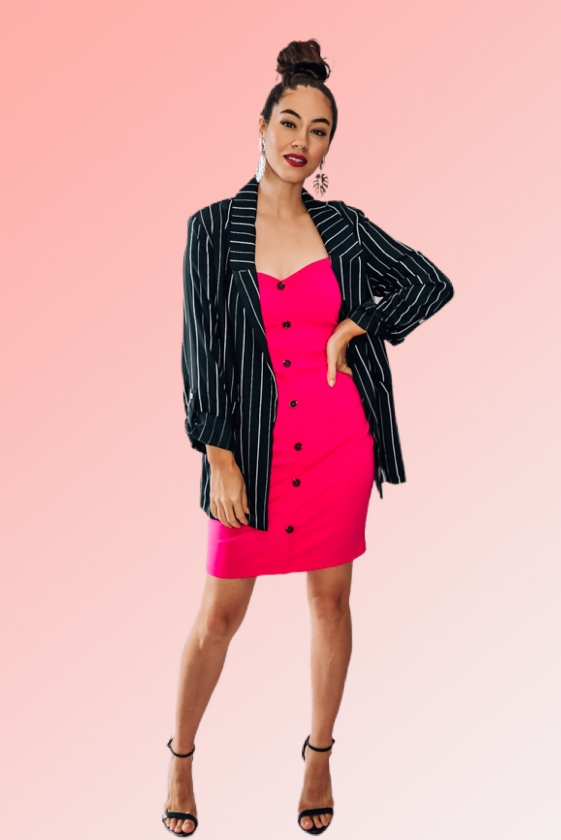 BLACK PIN STRIPED BLAZER. RELAXED FIT, ¾ SLEEVES WITH ROLL UP TAB BUTTON. 100% RAYON. PIPER IS 5'4, SIZE 0 WEARING A SMALL. NIKI IS A SIZE 14, WEARING A LARGE.  S 0-4 M 6-10 L 12-14