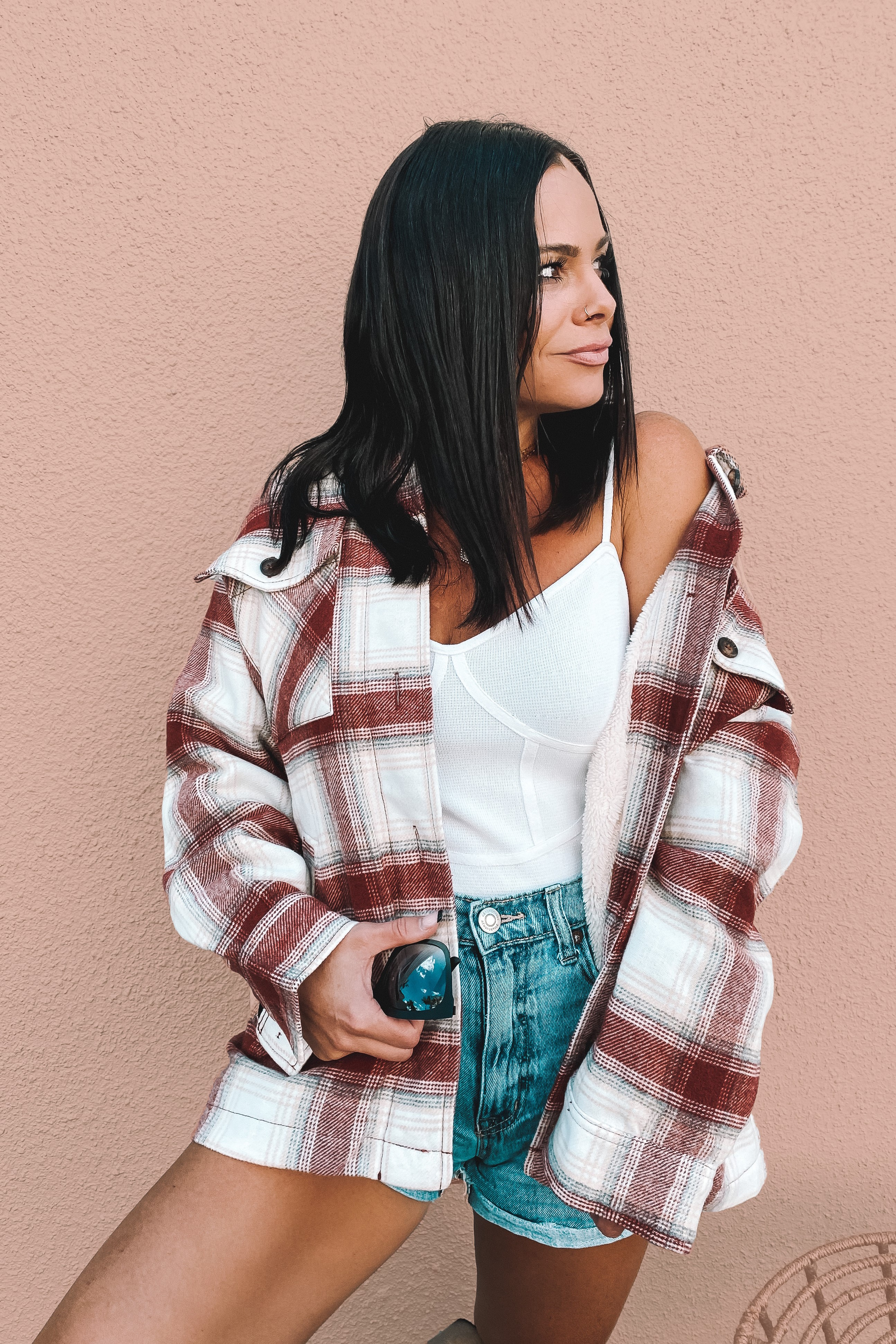 BRICK AND CREAM PLAID SHACKET. BUTTON UP. FUNCTIONAL CHEST AND SIDE POCKETS. FUR LINED CHEST AND BACK, NYLON LINED SLEEVES. 95% POLYESTER, 5% WOOL. AMANDA IS 5'7 SIZE 2, WEARING A SMALL.  S 0-4 M 4-8 L 8-12 XL 12-16