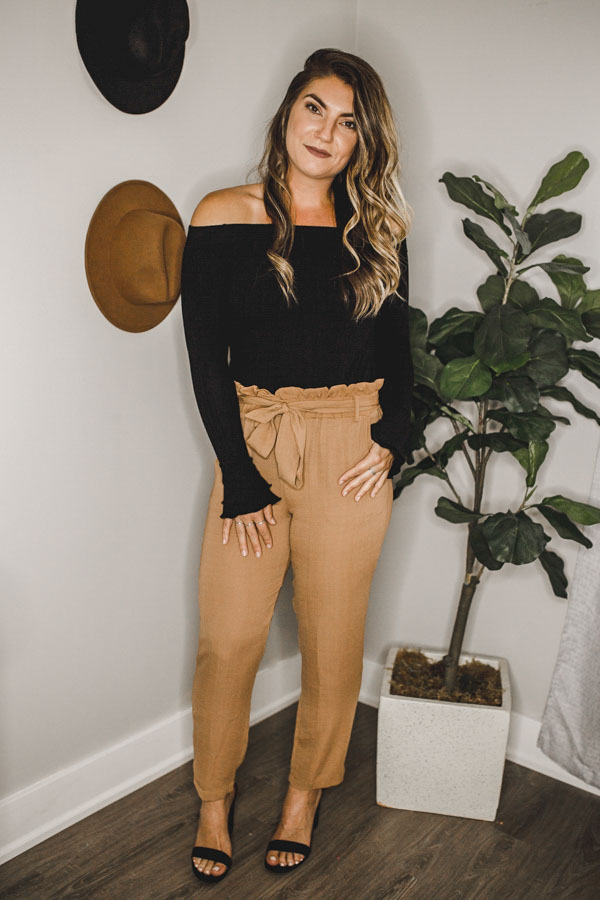 PAPER BAG PANTS WITH TIE AT WAIST IN CAMEL COLOR. 100% POLYESTER.  X-SMALL 0-2 SMALL 4-6 MEDIUM 8-10 LARGE 12-14 X-LARGE 16-18